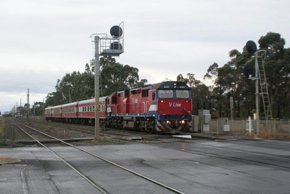 N457 on the down at Werribee