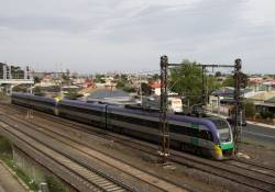 Pair of VLocities head out of Melbourne at Middle Footscray