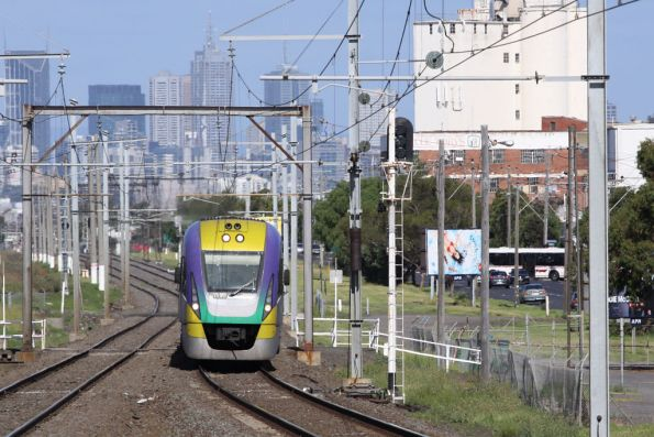 VLocity 3VL30 heads out of Melbourne at Tottenham