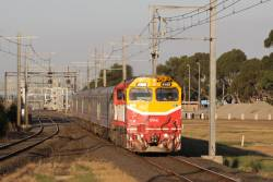 N469 leads a down Geelong service express towards Aircraft