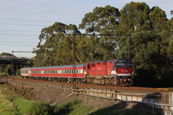 N455 leads an up Geelong train over Stony Creek, Yarraville