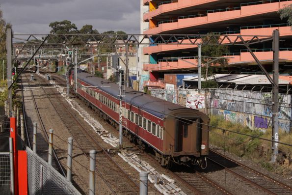 Down Bairnsdale passes through South Yarra