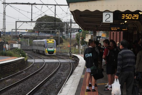 VLocity arrives into Footscray with a down Melton service