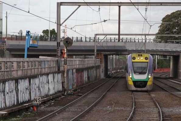 VLocity VL05 passes Regional Rail Link works at the city end of Footscray station