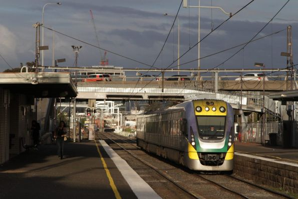 VLocity 3VL37 passes through a soon to be demolished West Footscray station