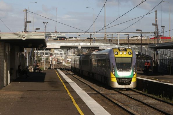 VLocity VL12 and classmate passes through West Footscray on the down