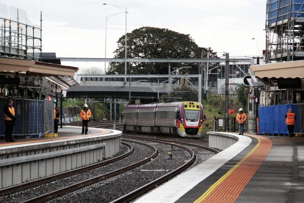 VLocity on an up Geelong service still using the suburban tracks at Footscray