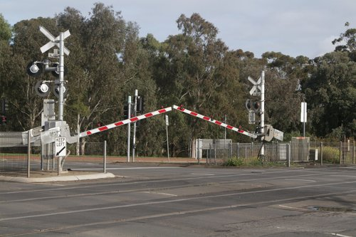 Level crossing activates at Werribee Street in Werribee, long before the next train is due to arrive