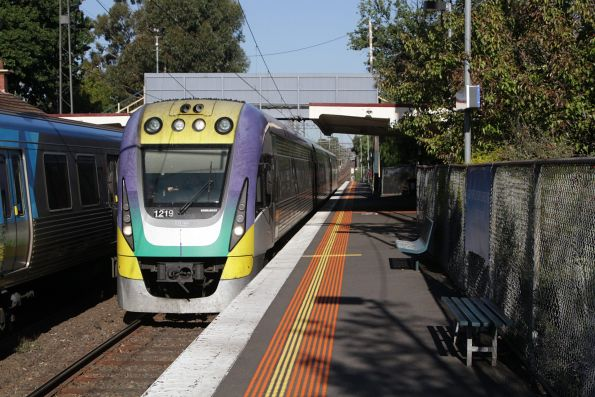 VLocity VL19 on an up Gippsland service at Murrumbeena