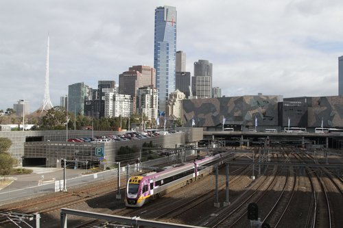 VLocity VL05 arrives into Flinders Street Station on an up service
