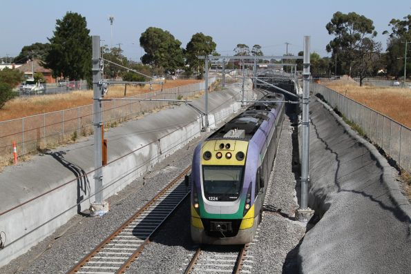 VLocity VL24 departs St Albans with a down Bendigo service