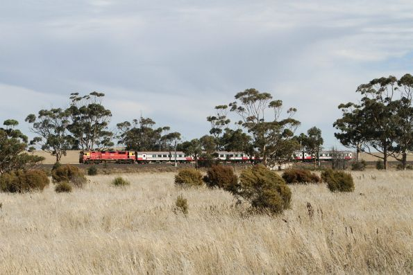 N451 leads the up Swan Hill service out of Diggers Rest
