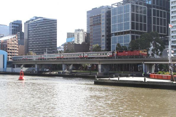 N467 leads a down Bairnsdale service across the viaduct towards Flinders Street Station