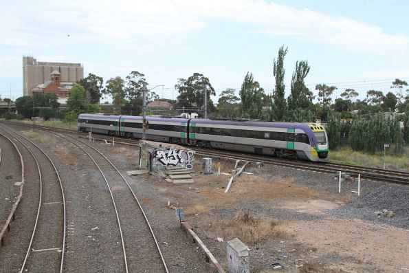 VLocity VL22 on a down Bendigo service at Albion Junction