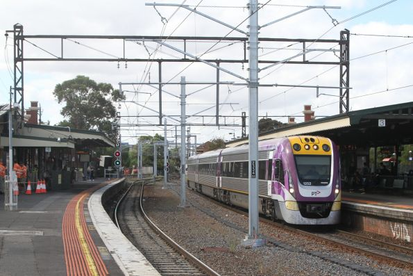 VLocity VL52 pauses at Caulfield with an up Traralgon service