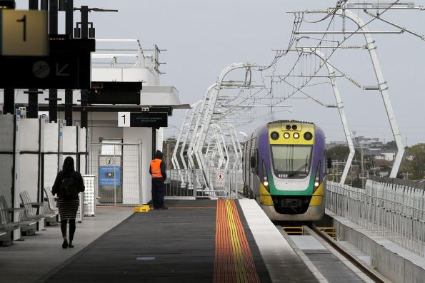 VLocity VL32 arrives at the new elevated Clayton station with an up Traralgon service