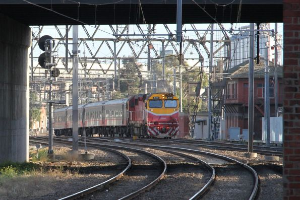 N474 leads an up Shepparton service towards North Melbourne station