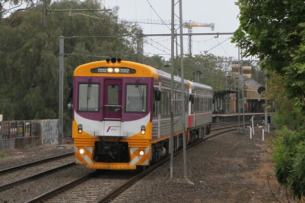 PTV liveried Sprinter 7012 leads VLP Mk3 liveried 7010 on the down at Moonee Ponds