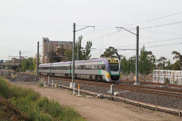 VLocity VL27 crawling along on yellow signals at Albion, on a down Bendigo service