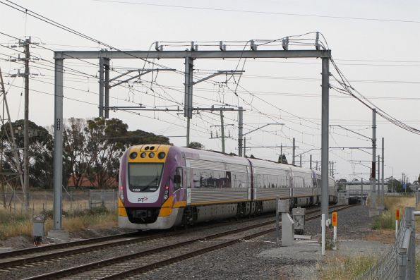 VLocity VL30 and VL59 on a down Bendigo service approaches Ginifer