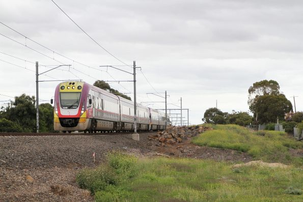 VLocity VL49 and VL04 on an down Echuca service approaches Keilor Plains