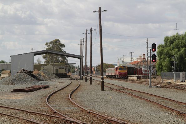 Up Shepparton service awaiting departure time from Shepparton station