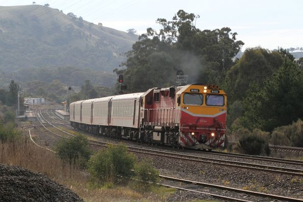 N461 leads the up Shepparton service out of Kilmore East