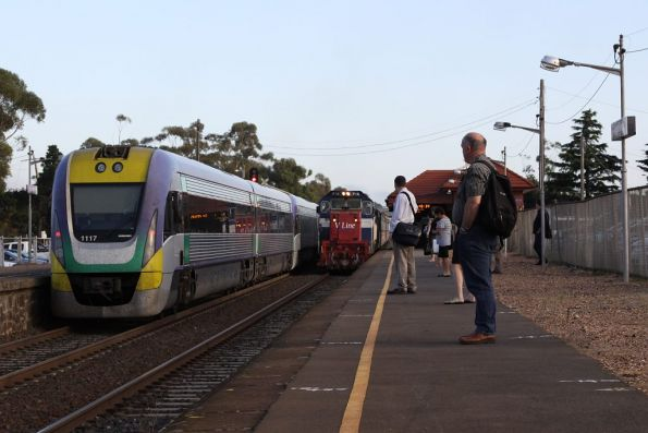 V/Line to Bendigo, Swan Hill and Echuca