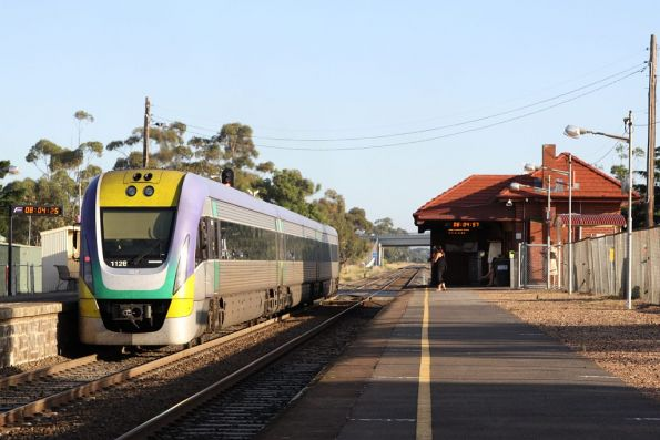 3VL28 at Diggers Rest, on a train bound for Bendigo