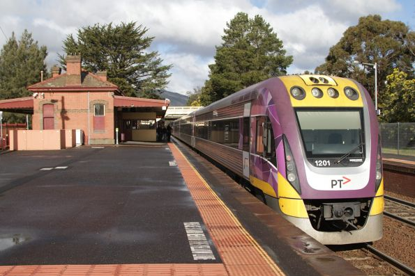 VLocity VL01 trails a classmate with an up Bendigo service at Woodend