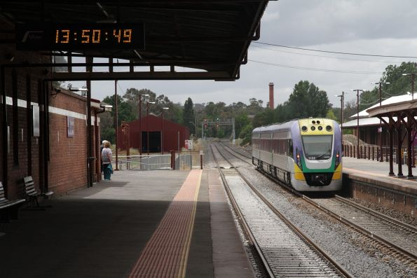 VLocity VL22 departs Castlemaine on a down Bendigo service