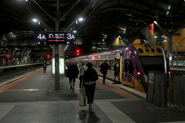 Two Geelong services departing from the same platform 15 minutes apart