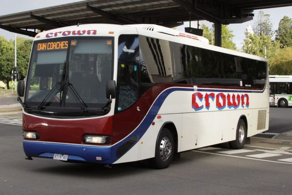 Crown Coaches 6719AO departs Geelong Station