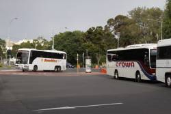 Sunshine Tours coach arrives at Geelong Station