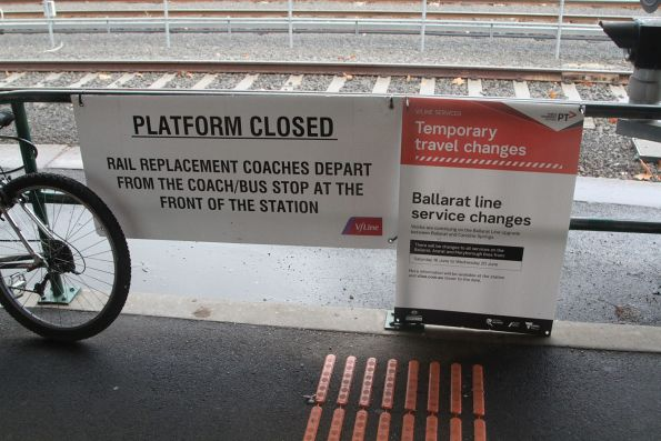 Rail replacement bus signage at Bacchus Marsh station