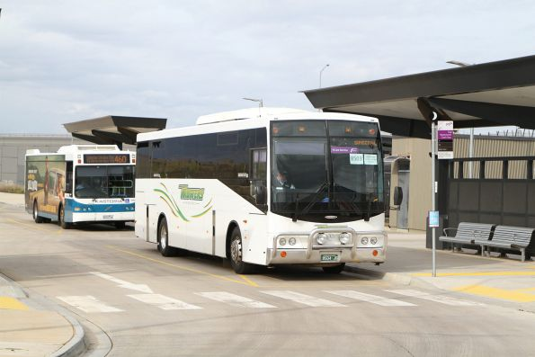 Trotters coach BS04JG at Caroline Springs for the Rockbank station shuttle service