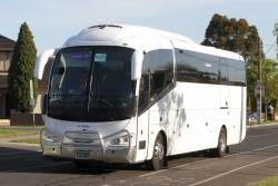 Rockleigh Tours coach BS05EA on a Ballarat rail replacement service along Hampshire Road, Sunshine