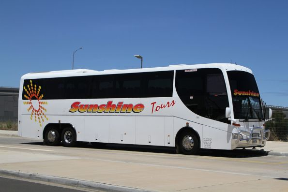 Sunshine Tours coach 8448AO on a Ballarat rail replacement service at Caroline Springs station