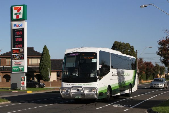 Ballarat Coachlines #827 BS01WM on a Ballarat line rail replacement service along Hampshire Road, Sunshine