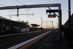 Bacchus Marsh service incorrectly advertised on the PIDS at Sunshine platform 2