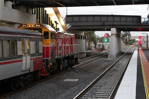 P11 faces a clear signal for the Ballarat line in the new platform 4 at Sunshine
