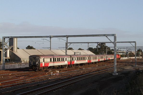 V/Line service bound for Bacchus Marsh crosses from the suburban to the RRL tracks at the up end of Sunshine