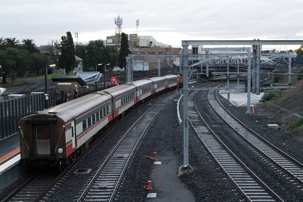 Down Swan Hill service departs Footscray platform 4 on the newly opened RRL tracks