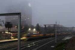 VLocity departs Footscray station in the fog, bound for Sunshine via the RRL tracks