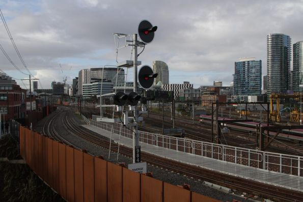 Signal SSS984 for trains headed over the North Melbourne flyover to Southern Cross Station - V/Line's new excuse for their piss poor performance