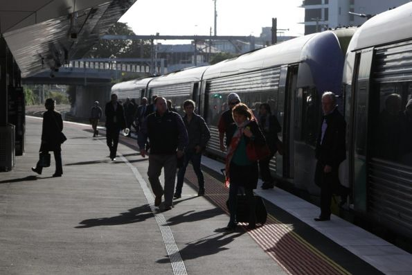 V/Line passengers leave the train at Footscray so they can change to a City Loop service