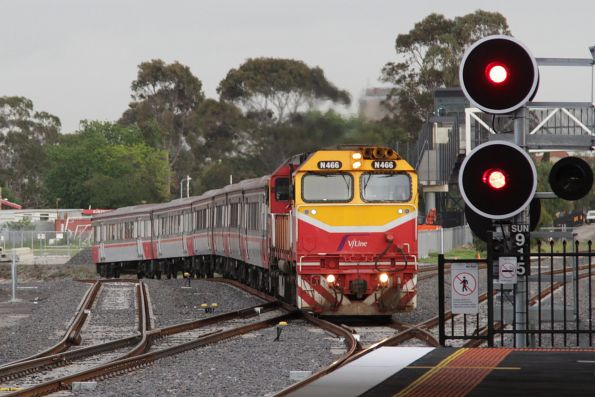 N466 arrives into Sunshine with an up Bacchus Marsh service