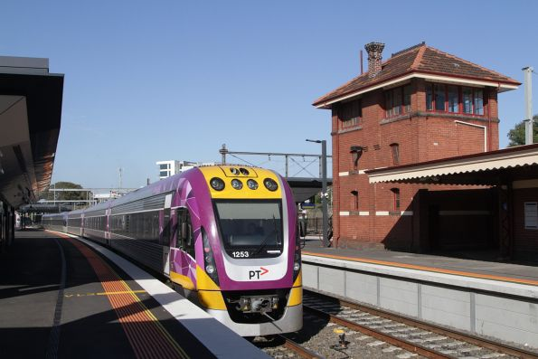 VLocity 3VL53 departs Footscray, bound for Southern Cross