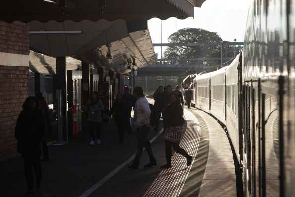 V/Line passengers leave an up Geelong service at Footscray