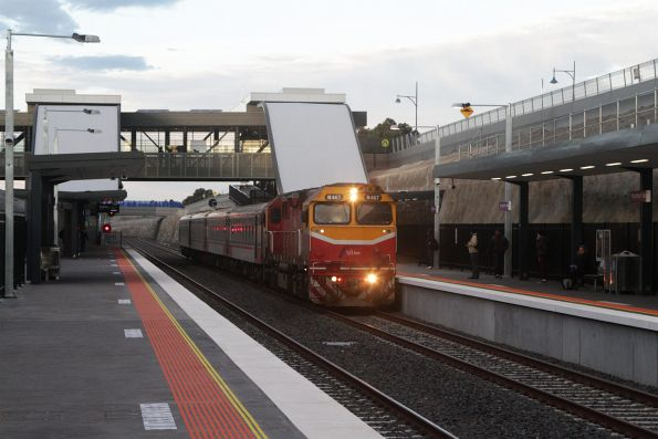 N467 leads an up Geelong service express through Wyndham Vale